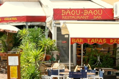Have a drink at Baou Baous